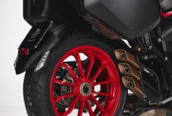 MV Agusta Turismo Veloce 800 RC SCS 2021 detalles (3)
