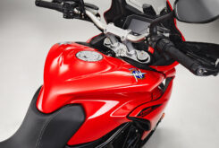 MV Agusta Turismo Veloce Rosso 2021 detalles (23)