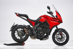 MV Agusta Turismo Veloce Rosso 2021 estudio (1)