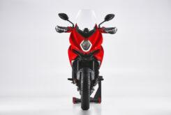 MV Agusta Turismo Veloce Rosso 2021 estudio (3)