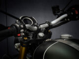 Triumph Scrambler 1200 XE 2021 detalles 10