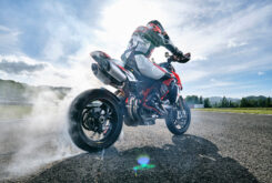 Ducati Hypermotard 950 2022 (6)