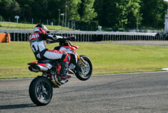 Ducati Hypermotard 950 2022 (8)