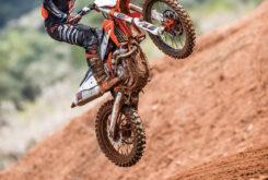 KTM 250 SX F 2022 motocross (19)