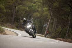 Kawasaki Z650 2021 prueba comparativa (10)