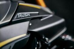 MV Agusta Rush 2021 detalles ambiente (3)