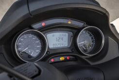 Piaggio MP3 400 HPE Sport 2021 (12)