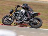 Triumph Speed Triple 1200 RS 2021 prueba circuito 11