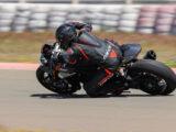 Triumph Speed Triple 1200 RS 2021 prueba circuito 13
