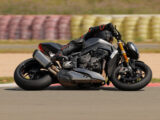 Triumph Speed Triple 1200 RS 2021 prueba circuito 22
