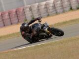 Triumph Speed Triple 1200 RS 2021 prueba circuito 25