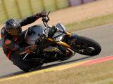 Triumph Speed Triple 1200 RS 2021 prueba circuito 28