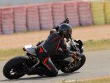 Triumph Speed Triple 1200 RS 2021 prueba circuito 29
