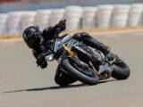 Triumph Speed Triple 1200 RS 2021 prueba circuito 9