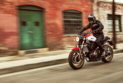 Yamaha XSR700 2021 (3)
