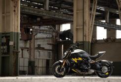 Ducati Diavel 1260 S Black and Steel 2022 (2)