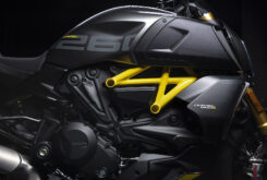 Ducati Diavel 1260 S Black and Steel 2022 (30)