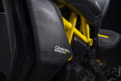 Ducati Diavel 1260 S Black and Steel 2022 (32)