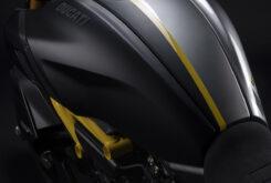 Ducati Diavel 1260 S Black and Steel 2022 (36)