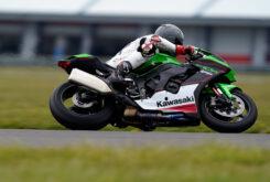 Kawasaki ZX 10R 2021 Jon Urry prueba (1)