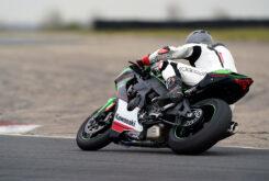 Kawasaki ZX 10R 2021 Jon Urry prueba (14)