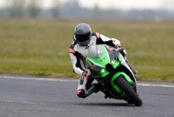 Kawasaki ZX 10R 2021 Jon Urry prueba (16)