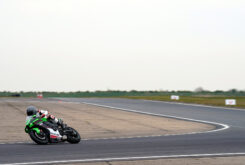 Kawasaki ZX 10R 2021 Jon Urry prueba (20)