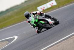 Kawasaki ZX 10R 2021 Jon Urry prueba (25)