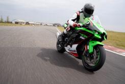Kawasaki ZX 10R 2021 Jon Urry prueba (39)