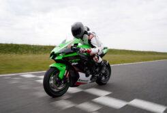 Kawasaki ZX 10R 2021 Jon Urry prueba (48)