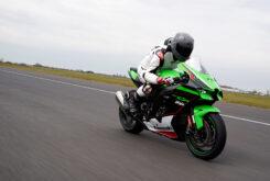 Kawasaki ZX 10R 2021 Jon Urry prueba (52)