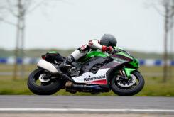 Kawasaki ZX 10R 2021 Jon Urry prueba (57)