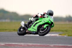 Kawasaki ZX 10RR 2021 Jon Urry prueba (12)