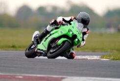 Kawasaki ZX 10RR 2021 Jon Urry prueba (14)