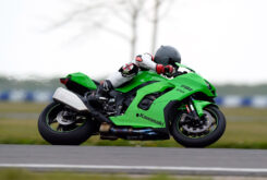 Kawasaki ZX 10RR 2021 Jon Urry prueba (18)