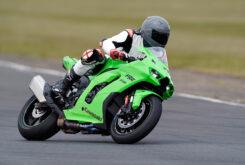 Kawasaki ZX 10RR 2021 Jon Urry prueba (8)
