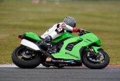 Kawasaki ZX 10RR 2021 Jon Urry prueba (9)