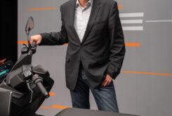 BMW CE 04 2022 scooter electrico (10)