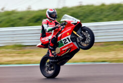 Ducati Panigale V2 Bayliss 2022 (36)
