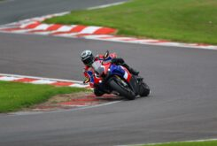 Honda CBR1000RR R Fireblade SP vs British Superbike 2021 (4)