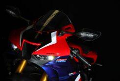 Honda CBR1000RR R Fireblade SP vs British Superbike 2021 (8)
