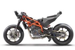 KTM RC 8C 2022 (1)