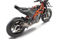 KTM RC 8C 2022 (11)
