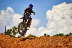 Yamaha YZ250 Monster Edition 2022 motocross (4)