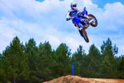 Yamaha YZ450F 2022 motocross (2)