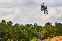 Yamaha YZ450F 2022 motocross (8)