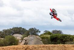 Honda CRF250R 2022 motocross (14)