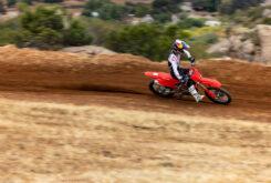 Honda CRF250R 2022 motocross (16)