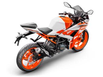 KTM RC 125 2022 10