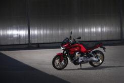 Moto Guzzi V100 Mandello 2022 (6)